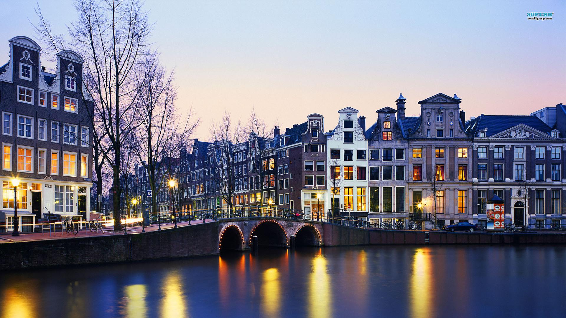 amsterdam-5068-1920x1080