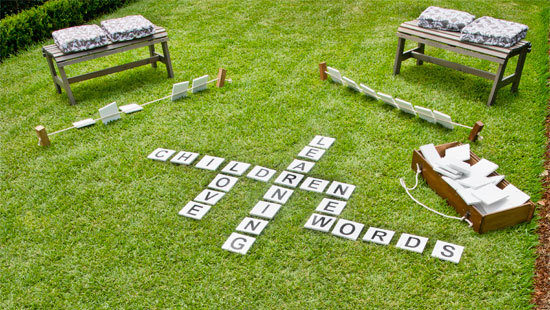 outdoor_word_game_switcher_18r2glj-18r2glt