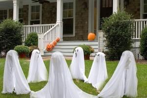 Ghost-Halloween-Yard-Decoration-Ideas