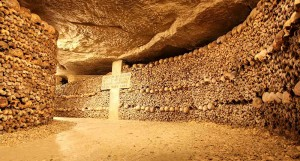 VISUAL-10-(Catacombs-of-Paris-1)